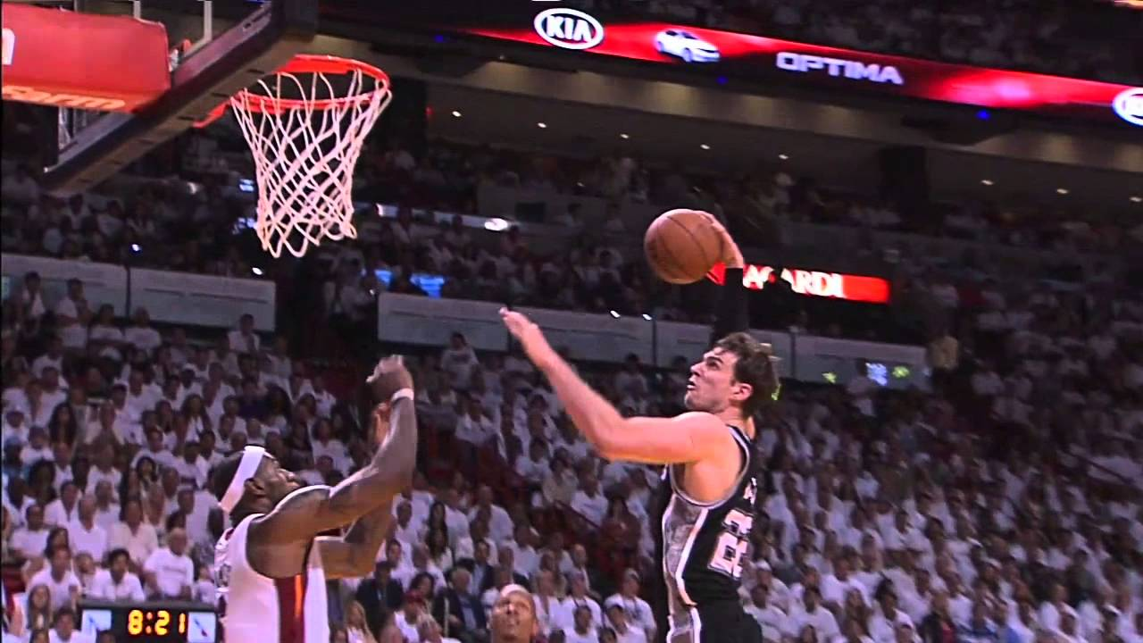 Lebron James v Tiago Splitter block