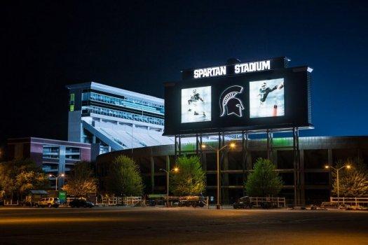 spartan_stadium_at_nightjpg_3c1a5109ac28214a.jpg