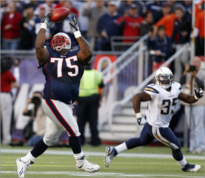 vince_wilfork_interception