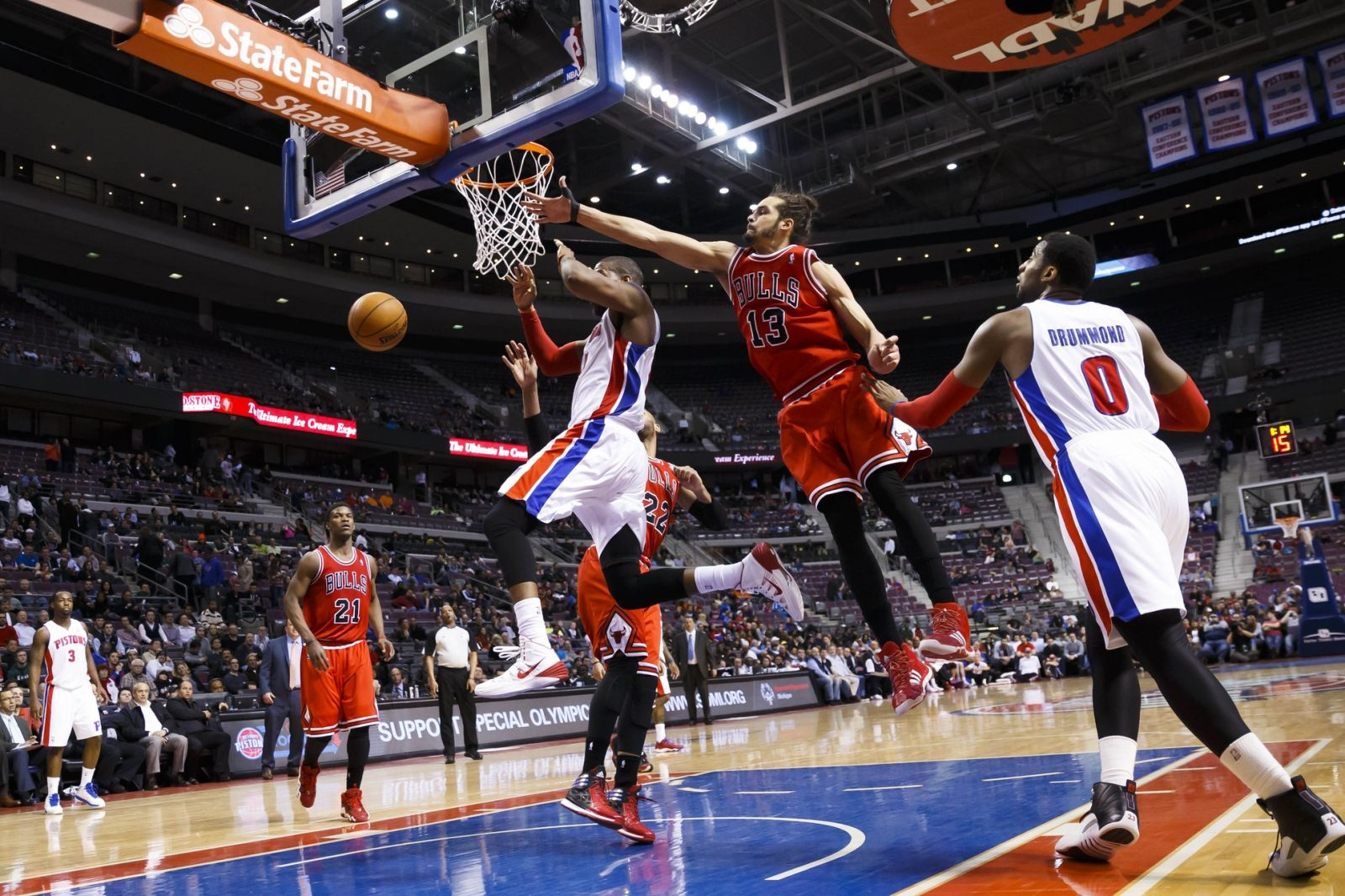 chicago bulls' joakim noah blocks detroit pistons' greg monroe