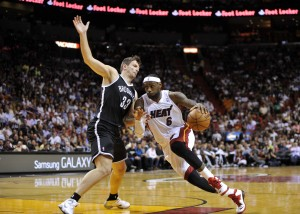 lebron james drives on mirza teletovic