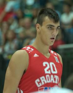 Dario_Saric,_Austria_v_Croatia