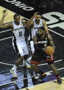 lebron james covered by kawhi leonard & tim duncan 2014 nba finals game 2