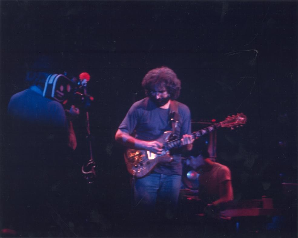 19741018