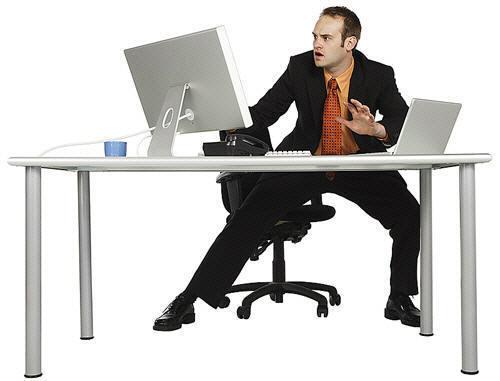 man_panicing_at_computer