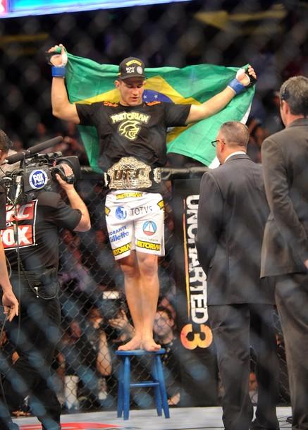 new champ junior dos santos