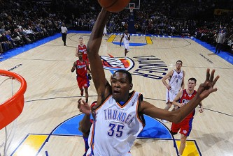 Los Angeles Clippers v Oklahoma City Thunder