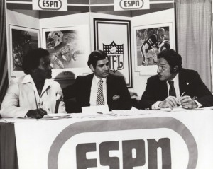 1980 NFL Draft: No. 1 pick Billy Sims is interviewed by ESPN's George Grande and Joe Thomas, former Baltimore Colt GM. (ESPNFrontRow.com)