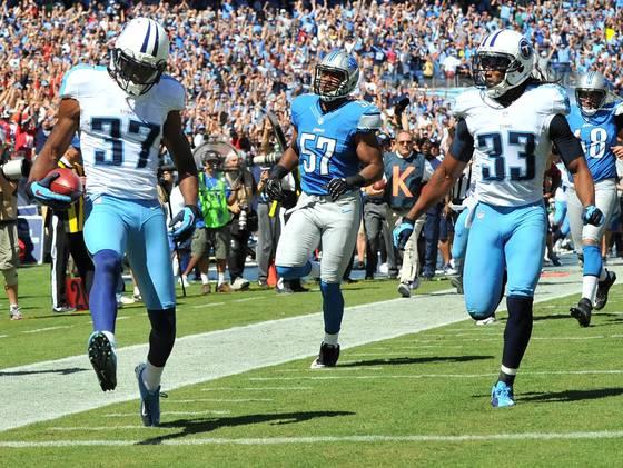 Titans Lions