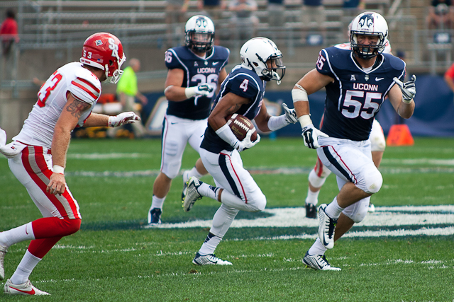 UConn PR Deshon Foxx looks for the end zone ahead of him in the third quarter against the Stony Brook Seawolves on September 6, 2014 at Rentschler Field in East Hartford, CT.