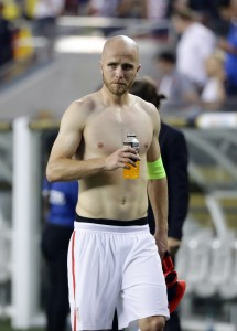 SANTA CLARA, CA - JUNE 03: Michael Bradley #4 of United States leaves the field after losing to Colombia during the 2016 Copa America Centenario Group match between the United States and Colombia at Levi's Stadium on June 3, 2016 in Santa Clara, California. (Photo by Ezra Shaw/Getty Images)