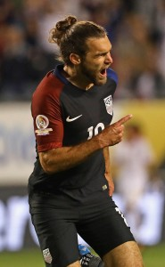 CHICAGO, IL - JUNE 07: Graham Zusi #19 of the United States celebrates scoring a goal against Costa Rica during a match in the 2016 Copa America Centenario at Soldier Field on June 7, 2016 in Chicago, Illinois. The United States defeated Costa Rica 4-0. (Photo by Jonathan Daniel/Getty Images)