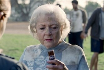 betty-white-snickers-ad1