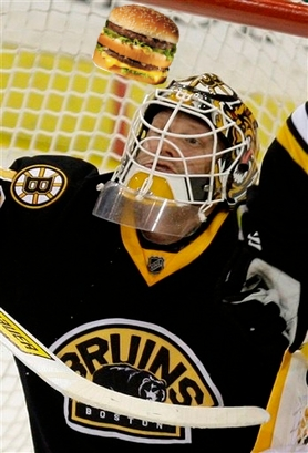 capt.4d67b11a0418468195b87bf68d710d22.bruins_penguins_hockey_pagp107