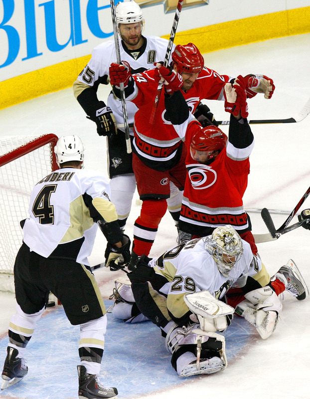 http://bloguin.com/thepensblog/wp-content/uploads/sites/26/2009/05/canes.jpg