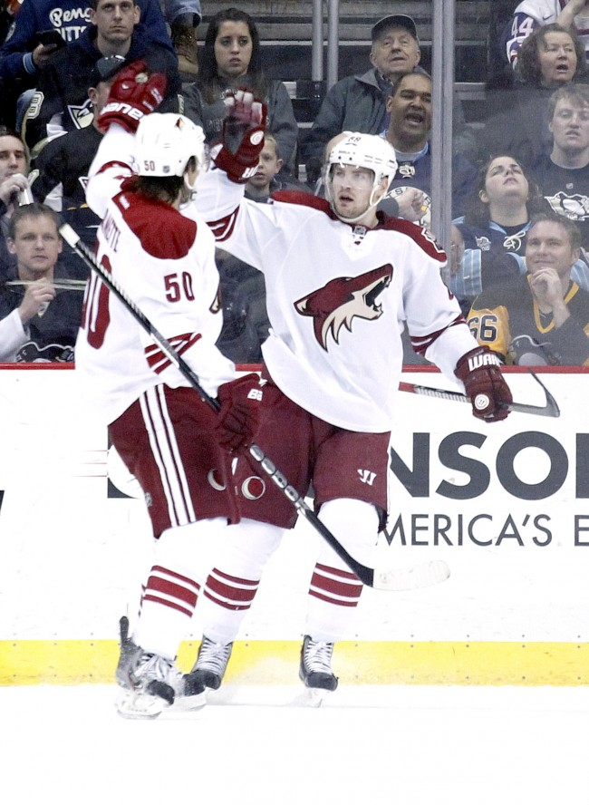 NHL: Phoenix Coyotes at Pittsburgh Penguins