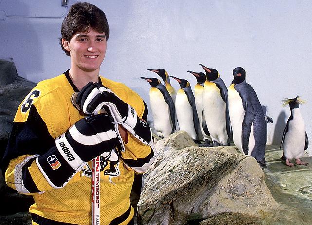Mario Lemieux with penguins